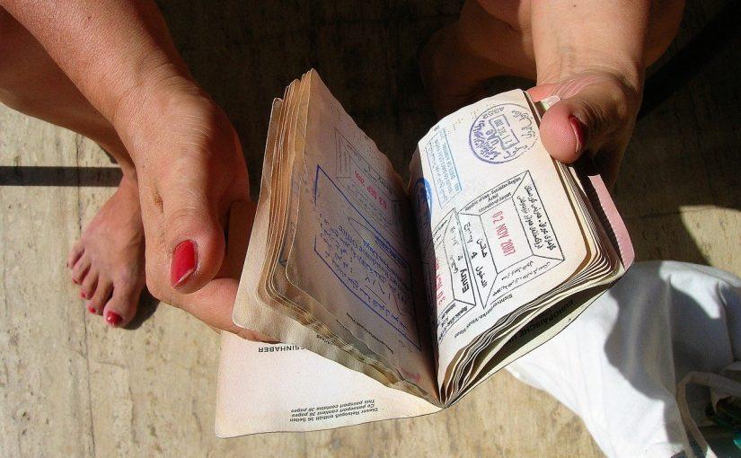 Cómo conseguir una carta de invitación a España