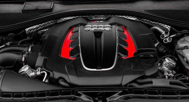 Cubrir las necesidades del motor para mejorar las prestaciones de tu coche
