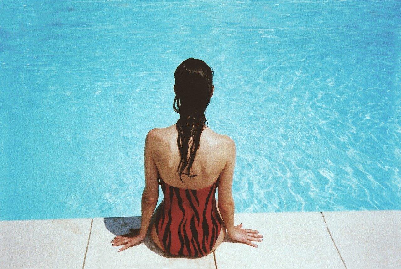 cuanto cuesta hacer una piscina